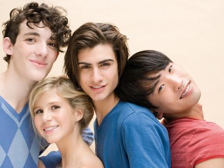 Alineadores transparentes para adolescentes